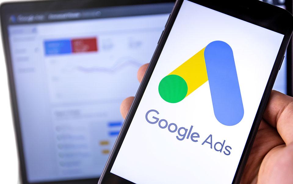 گوگل ادز یا گوگل ادوردز چیست ؟ چه اهمیتی برای کسب و کار دارد؟